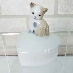 Other - Porcelain Kitten on Trinket Box